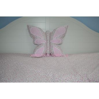 Подушка Бабочка розовая