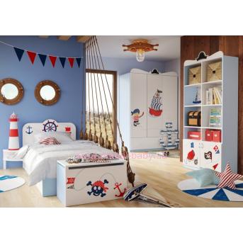 Комната Pirate