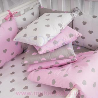 Защита Бэби дизайн №26 Серо-розовые сердца 12 подушек + простыня