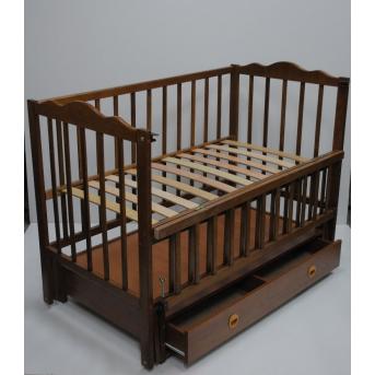 Кроватки с маятниковым механизмом поперечного качания  (Анастасия) с ящиком Кузя 60x120 Орех
