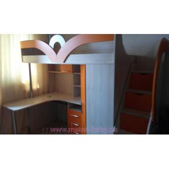 Кровать-чердак с рабочей зоной, угловым шкафом и лестницей-комодом (кл37) Мерабель 80x190