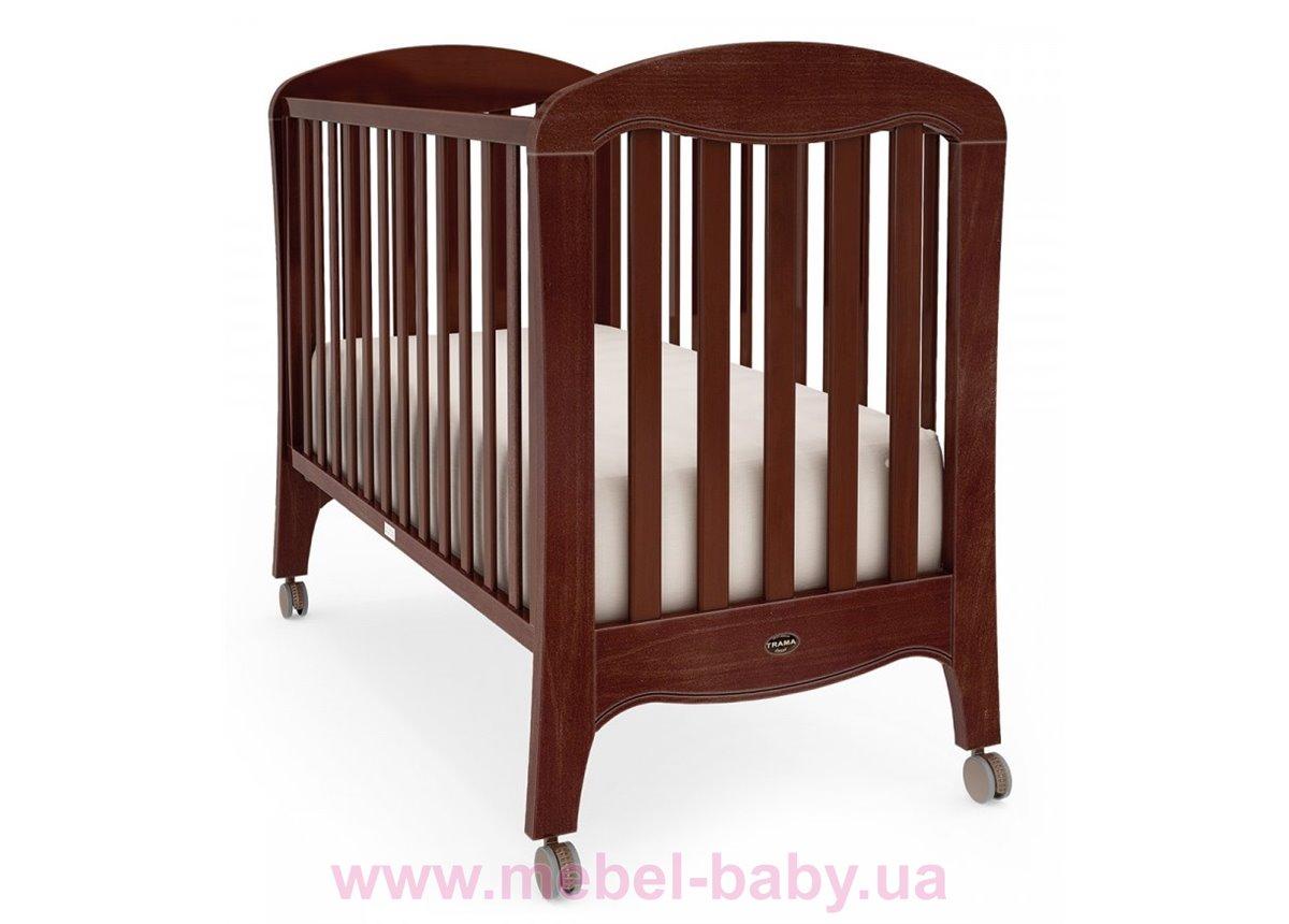 Не качающаяся кроватка для новорожденных Victoria Caoba 60х120  Trama орех