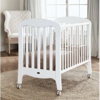 Не качающаяся кроватка для новорожденных Victoria Matt White 60х120  Trama белый