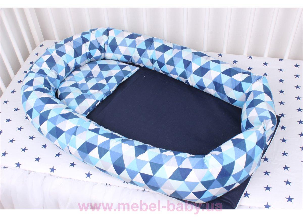 Кокон - гнездышко для новорожденного в синих цветах  Мирамель 80х55 см