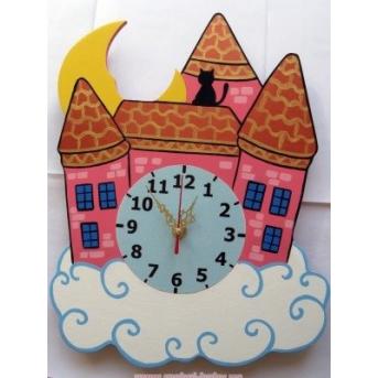 Настенные часы Замок в облаках