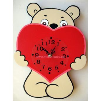 Часы Мишка с сердцем