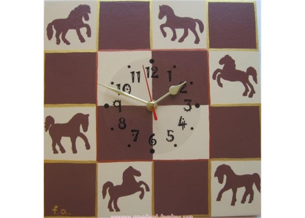 Часы Лошадки
