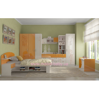 Комната Троянда оранжевая